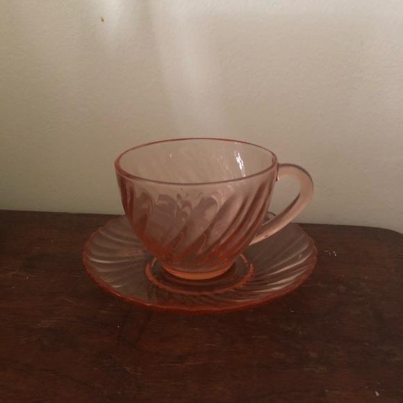VTG - Pink Swirl Teacup Set of 4